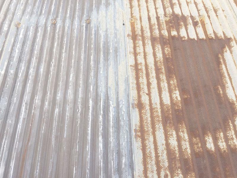 Tratamento anticorrosivo em telhado